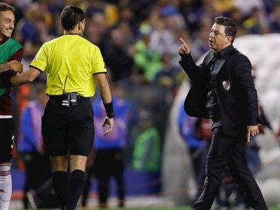 Marcelo Gallardo dispara contra el arbitraje