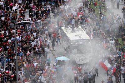 En Chile, un millón de personas marchan contra Piñera y la desigualdad social