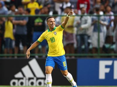 Brasil abre su Mundial goleando a Canadá