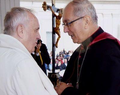 El Papa saludó al país con un audio