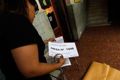 Los argentinos ya votan en las elecciones presidenciales