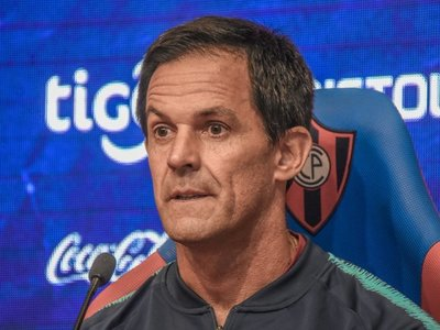 Bernay, emocionado, por la entrega de Cerro Porteño en Dos Bocas