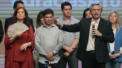 Tras elecciones en Argentina, el peso se desploma