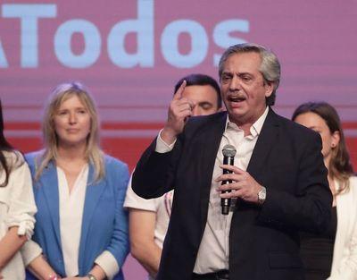Fernández enfrenta reacción de los mercados tras su triunfo en Argentina