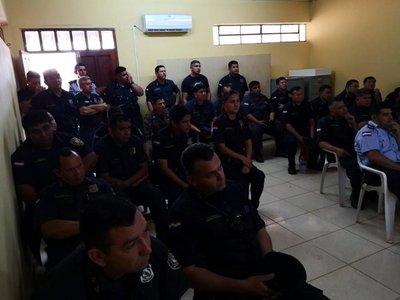 Detienen a 20 policías por brindar protección e información a capo narco