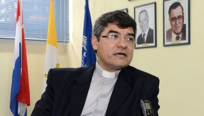 Critican que cuestionado rector de la Católica sea designado titular del CONES