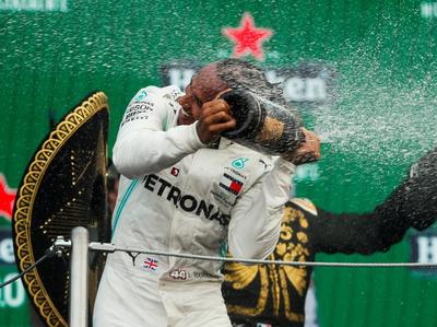 Hamilton quedó a un paso de su sexto Mundial