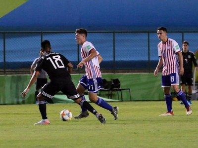 Paraguay iguala en su debut mundialista ante México