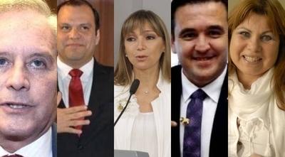 """HOY / Hubo """"dolo"""" de ministros en sus declaraciones juradas, afirma Contraloría"""