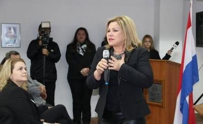 HOY / En 4 años, patrimonio de ministra pasó de 1.800 millones a 8.000 millones de guaraníes