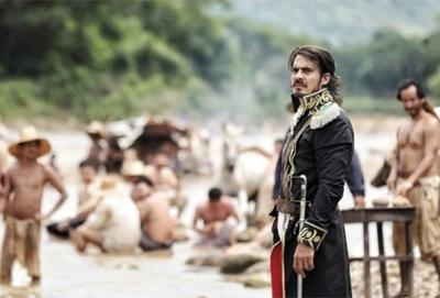 Actor de la serie Bolívar llega a Paraguay para el estreno de Camas