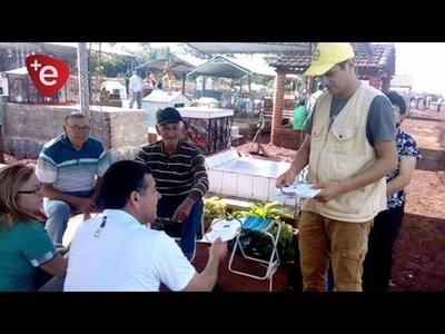 FLOREROS EN CEMENTERIOS SON CRIADEROS POTENCIALES DE MOSQUITOS
