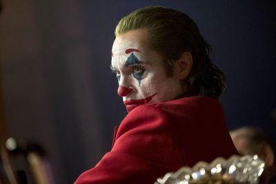 """""""Joker"""" vuelve a ser líder en EE.UU. superando por los pelos a """"Maléfica"""""""
