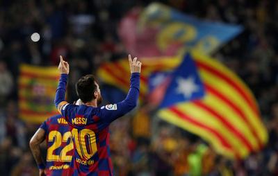 Lionel Messi se prende para que el Barsa aplaste al Valladolid