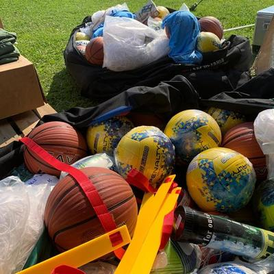 Gobierno entrega kits deportivos a las gobernaciones de todo el país