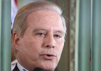 Para Durand, no hay conflicto de intereses entre su papel de ministro y sus negocios inmobiliarios