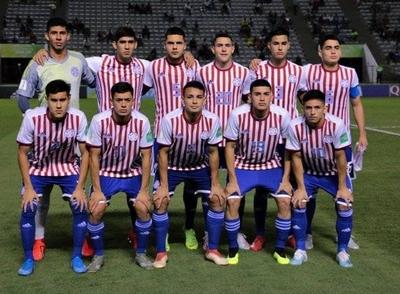 HOY / Paraguay va por la primera alegría