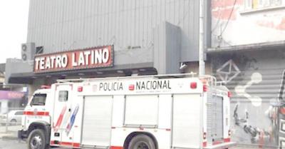 Casi se quema el Teatro Latino