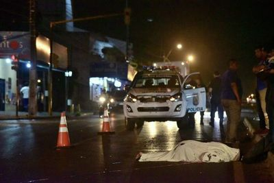 Bus atropella y mata a motociclista en Ñemby