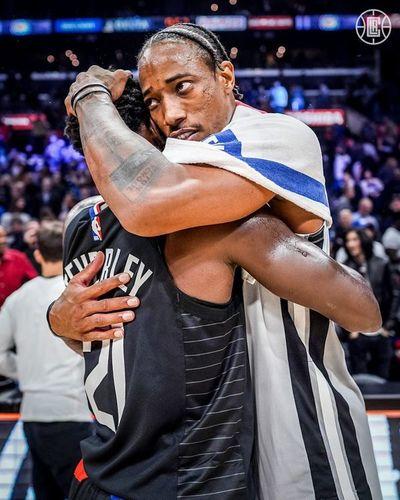 Leonard y Clippers acaban con invicto de Spurs