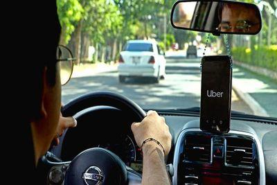 Un menor fue imputado por hurtar celular de una Uber