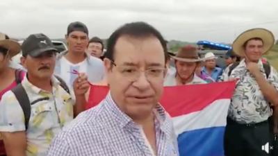 HOY / En protesta de productores, Cuevas defiende a Abdo y a Friedmann