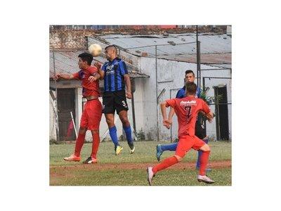 Atlántida vuelven a la cima tras golear 5-0 al Juventud