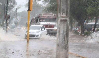 Alertan tormentas para 9 departamentos