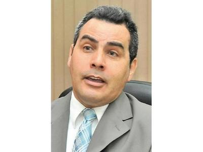 Kronawetter dice que reforma penal mantiene a víctimas atadas de mano