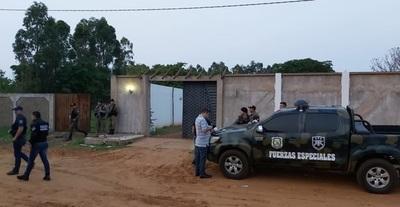 Policía detiene a tres sicarios en Capitán Bado
