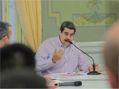"Nicolás Maduro llama ""pelele del imperialismo"" a Nayib Bukele"