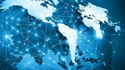 A 50 años de la llegada de internet, Latinoamérica avanza y enfrenta desafíos
