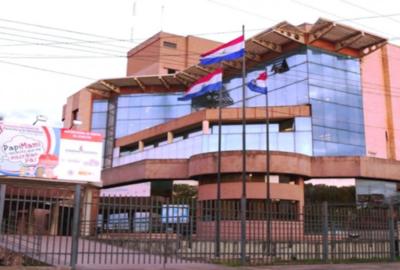 Continúa huelga de funcionarios del Registro Civil