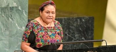 Nobel de la Paz denuncia «sistemáticas» violaciones a los derechos humanos en Chile