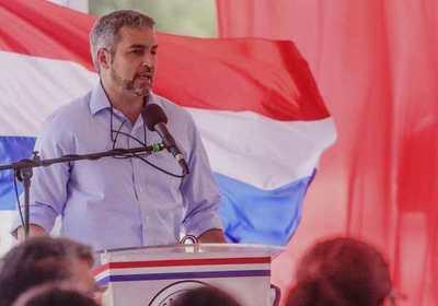 """Mario Abdo: Paraguay es una """"isla de prosperidad"""" e insta a evitar peleas estériles"""