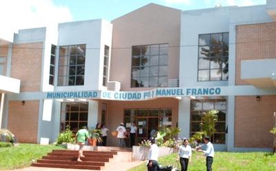 En la Municipalidad de Presidente Franco estaría direccionando millonaria licitación