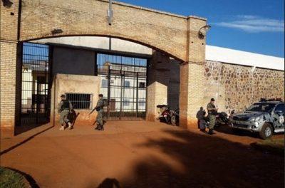 Confiscan todo tipo de armas blancas en la penitenciaría de PJC