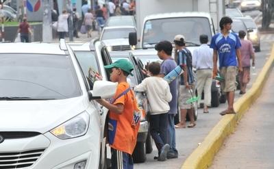 Concejal presenta proyecto para brindar asistencia a niños de la calle