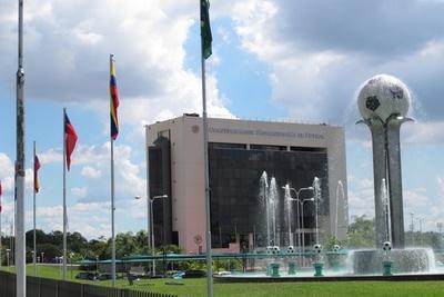 Reunión en Conmebol, por cambio de sede final Copa Libertadores. Chile no es un escenario propio, por estallido social