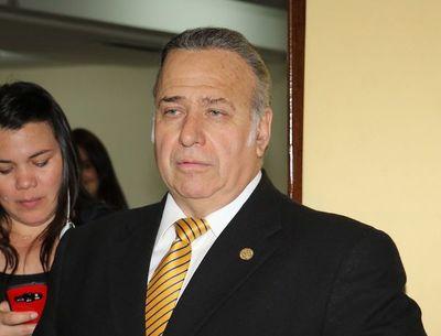 González Daher con permiso para trabajar