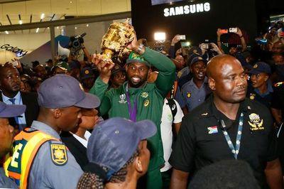 Los Springboks son recibidos como héroes