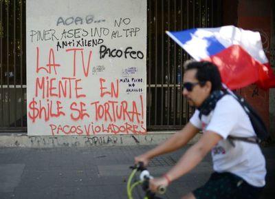 """El 79% de los chilenos cree que movilizaciones serán """"positivas"""" para el país"""