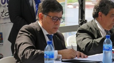 """Concejales de Lambaré tildan de """"mentiroso"""" al intendente Armando Gómez"""