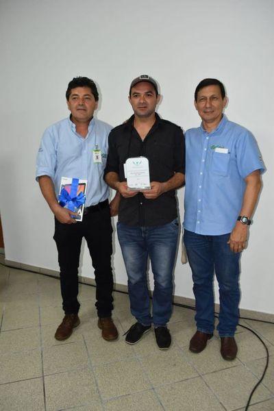 Mitãrusu emprendedor horqueteño oñemotenonde ha ohupyty Premio Citi