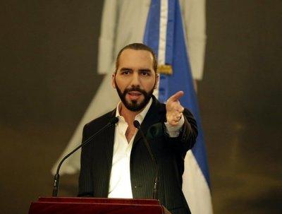Nayib Bukele pide a otros países expulsar a diplomáticos de Maduro