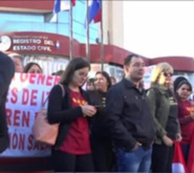 Levantan huelga en el Registro Civil