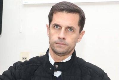 HOY / Espionaje desde Mburuvicha: senador Barrios dice que Cartes era el objetivo