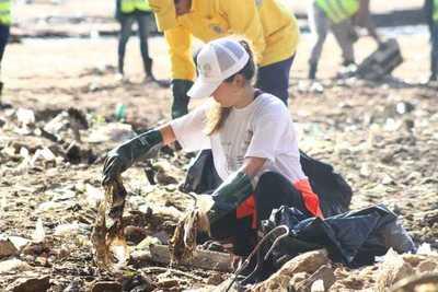 Bajante del río Paraguay debe ser aprovechado para contribuir con tareas de limpieza, dice presidente