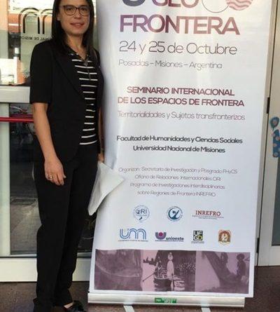 Docente paraguaya defiende una investigación en Argentina