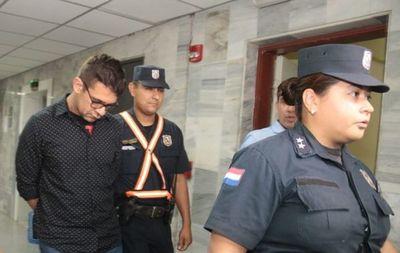 Hallan muerto en Tacumbú a médico imputado por feminicidio